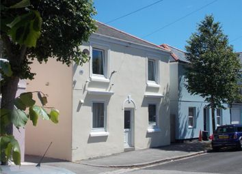 Thumbnail 2 bed flat for sale in Clifton Place, Falmouth