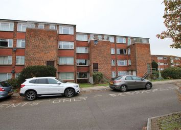 Thumbnail 2 bed maisonette for sale in Elms Road, Wokingham, Berkshire