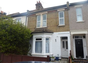 Thumbnail 1 bedroom flat to rent in Central Avenue, Southend-On-Sea