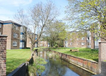 Thumbnail 5 bed flat to rent in Eastgate Street, Winchester