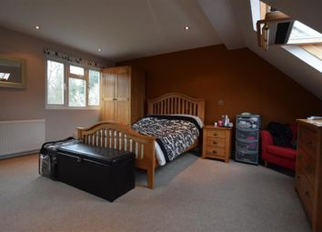 Thumbnail 1 bed property to rent in Valley Rise, Watford