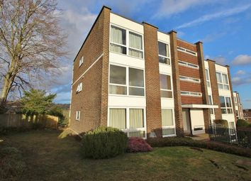 Thumbnail 3 bed flat to rent in Shooters Hill, Pangbourne, Reading