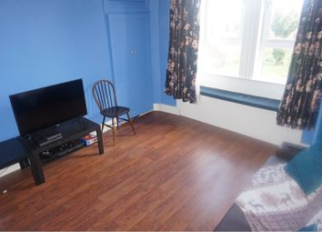 2 bed flat to rent in 21 Walker Street, Paisley PA1