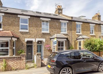3 bed property for sale in Oaklands Road, London W7