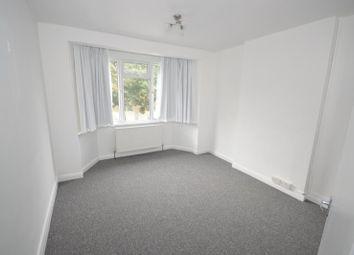 2 bed maisonette to rent in Buller Close, Peckham, London SE15