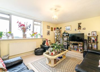 Thumbnail 2 bedroom flat for sale in The Lawns, Crystal Palace