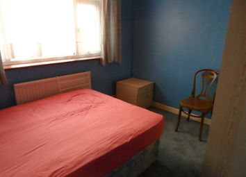 Thumbnail Room to rent in Orchard Avenue, Feltham