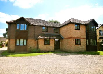1 bed flat for sale in Liberty Lane, Addlestone, Surrey KT15