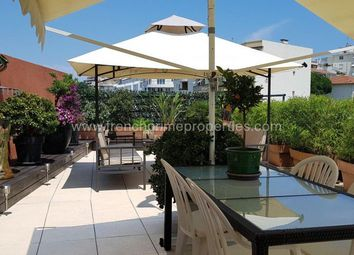 Thumbnail 4 bed apartment for sale in Pins, Provence-Alpes-Cote D'azur, France