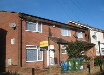 2 bed property to rent in Chapel Crescent, Southampton SO19