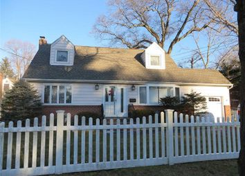 Thumbnail 4 bed property for sale in Huntington Sta, Long Island, 11746, United States Of America