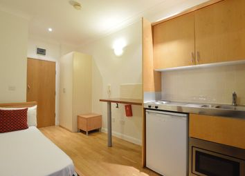 Thumbnail Studio to rent in Queensborough Terrace, London