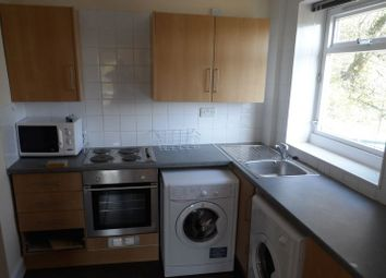 Thumbnail 3 bed flat to rent in Balwearie Road, Kirkcaldy