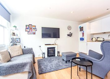Thumbnail 2 bed flat for sale in Alma Road, Windsor, Berkshire