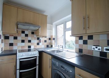 Thumbnail 2 bed flat to rent in Granville Road, Cowes