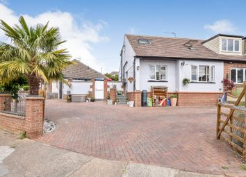 4 bed property for sale in Clarence Road, Benfleet SS7