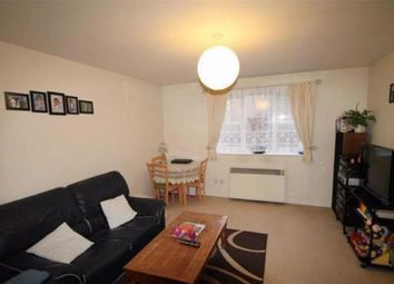 Thumbnail 2 bed flat to rent in Simms Gardens, East Finchley, London