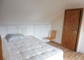 Thumbnail Studio to rent in Middleham Gardens, Edmonton