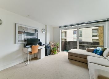 Thumbnail 1 bed flat to rent in Constable House, Cassilis Road, Canary Wharf