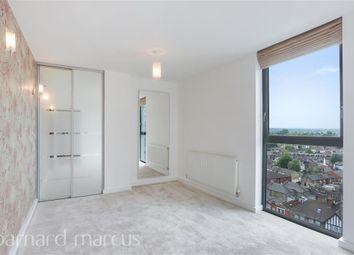 Thumbnail Flat to rent in Masons Avenue, Croydon