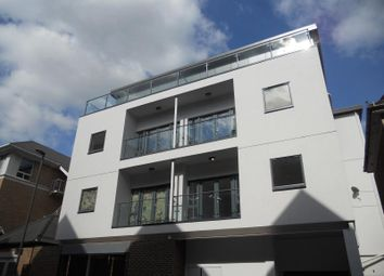 Thumbnail 2 bed flat to rent in Clarendon Road, Redhill