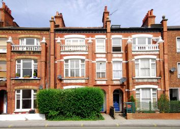Thumbnail 2 bedroom flat to rent in New Kings Road, Parsons Green