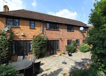 Thumbnail 5 bed cottage to rent in Cheapside Lane, Denham