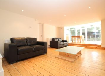 Thumbnail 3 bedroom flat to rent in Hornsey Lane Gardens, Highgate