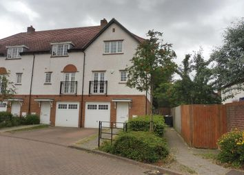 Thumbnail 4 bed property to rent in Lowe Drive, Letchworth Garden City