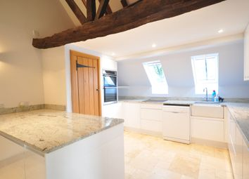 Thumbnail 1 bed barn conversion to rent in Vauxhall Lane, Southborough, Tunbridge Wells