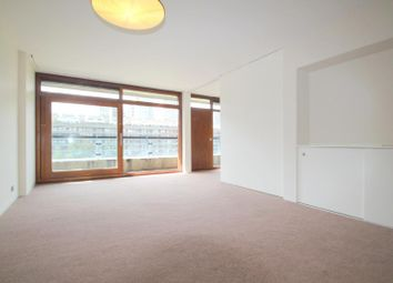 Thumbnail 1 bed flat to rent in Speed House, Barbican, London