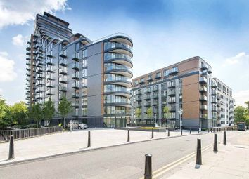 Thumbnail 1 bedroom flat for sale in Park Vista Tower, 21 Wapping Lane, 5 Cobblestone Square, London