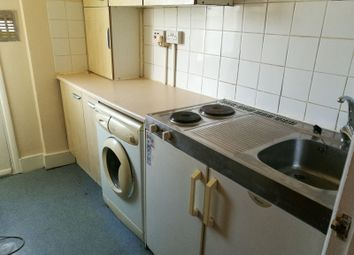 Thumbnail Studio to rent in High Road, Leytonstone