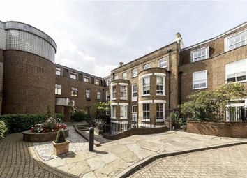 Thumbnail 2 bed flat to rent in Lower Square, Isleworth