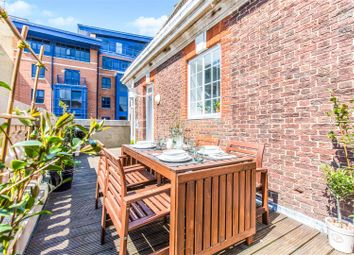 Thumbnail 2 bedroom flat for sale in Provincial House, 84 Canute Road, Southampton