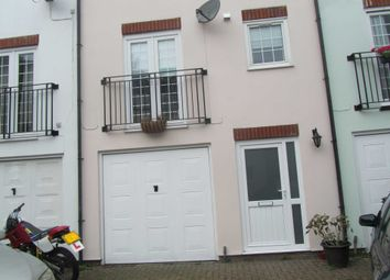 2 bed town house to rent in Cambridge Road, Eastbourne BN22