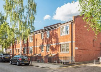 Thumbnail 1 bedroom flat for sale in Uverdale Road, London