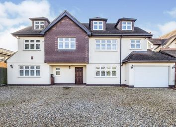 Thumbnail 6 bed property to rent in Burntwood Avenue, Hornchurch