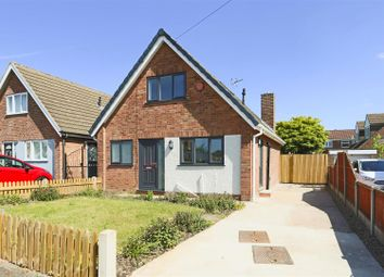 3 bed detached bungalow for sale in Dawn Close, Hucknall, Nottinghamshire NG15