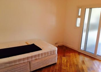 Thumbnail Room to rent in Off Victoria Road, North Acton