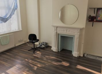 Thumbnail Room to rent in Hatch Road, London