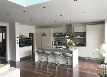 Thumbnail 4 bed property to rent in Tretawn Gardens, London
