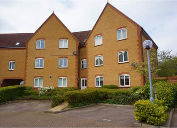 Thumbnail 2 bed flat for sale in Chelsea Gardens, Harlow