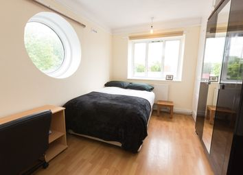 Thumbnail Room to rent in Stepney Way, Stepney Green