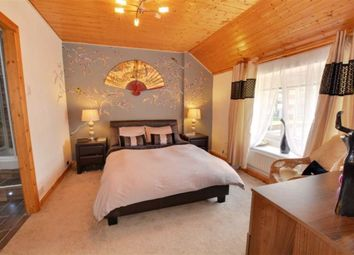 Thumbnail 5 bed cottage for sale in The Square, Ferrybridge, Knottingley