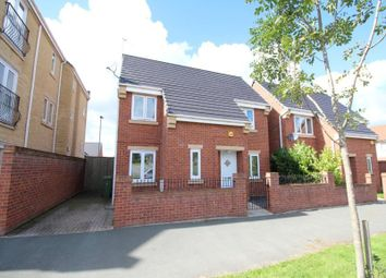 Thumbnail 3 bed detached house to rent in Hattersley Road West, Hyde