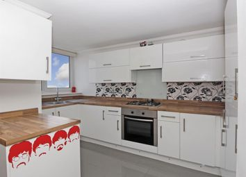 Thumbnail 3 bed flat to rent in Greenwich Heights, Master Gunner Parade, London