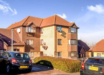 Thumbnail 2 bedroom flat to rent in Hattersfield Close, Belvedere