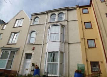 2 bed flat to rent in Walter Road, Swansea SA1