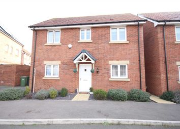 Thumbnail 3 bed detached house to rent in Heron Grove, Bracknell